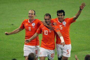 One day, one goal: Wesley Sneijder vervolmaakt Franse vernedering op EK 2008
